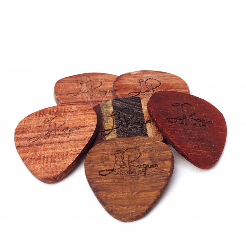 Wooden Plec (B-Ware)